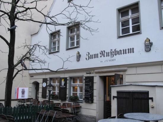 Пивная Zum Nussbaum в Берлине (1)