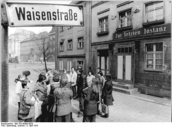 """Berlin, Waisenstraße, Gaststätte """"Zur letzten Instanz"""""""